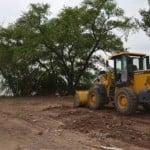 Construyen nueva plaza en el bajo de Martínez