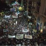 Masiva marcha de docentes y estudiantes universitarios por mejoras en salarios y presupuesto