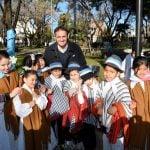 Katopodis acompañó los festejos de las escuelas por el Bicentenario