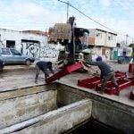 Continúan las obras hidráulicas en la calle Uruguay