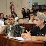 Educación democrática: jóvenes presentan proyectos y se comprometen con su comunidad