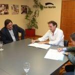 La Defensoría del Pueblo y San Martín firmaron un convenio a favor de los consumidores