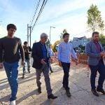 Andreotti y Posse recorrieron las obras de renovación de la calle Uruguay