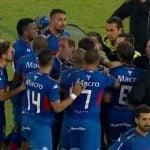 Polémico final en Liniers: Tigre cayó frente a Vélez con un penal inventado